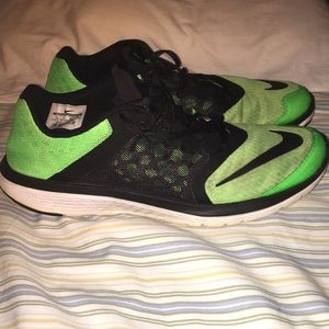 Nike running green and black size 12